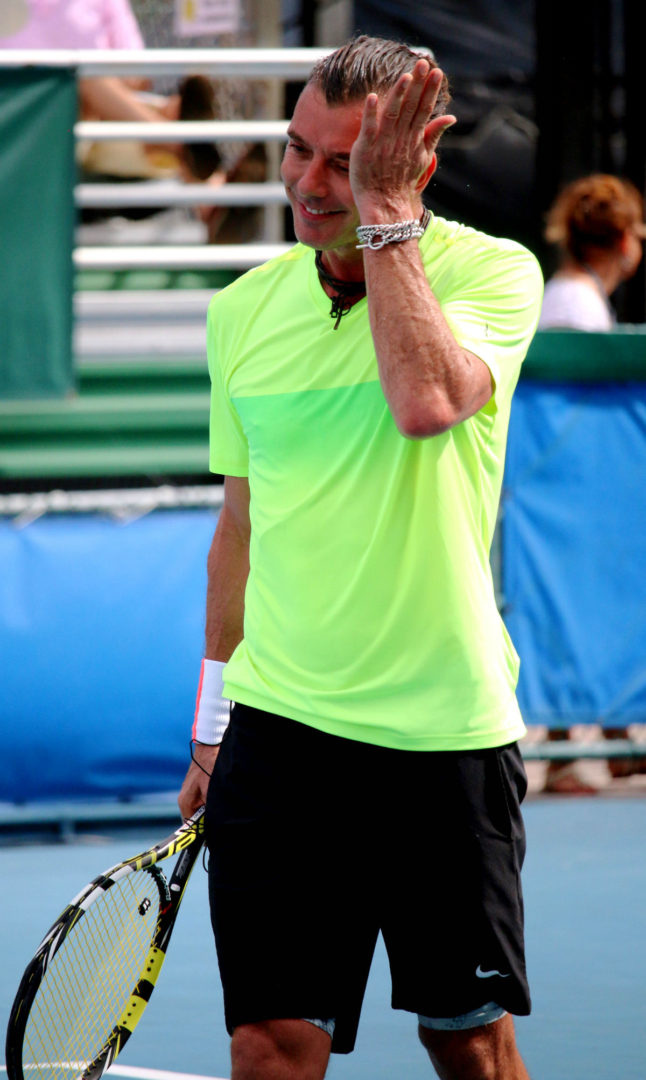 Chris Evert's pro-celebrity tennis event returns with Seal ...